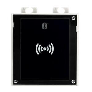 2N® IP Verso - Bluetooth & RFID reader (125kHz, secured 13,56MHz, NFC)