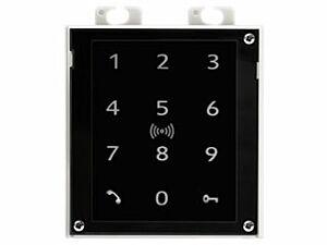 2N® IP Verso - Touch keypad & RFID reader (125kHz, secured 13,56MHz, NFC)
